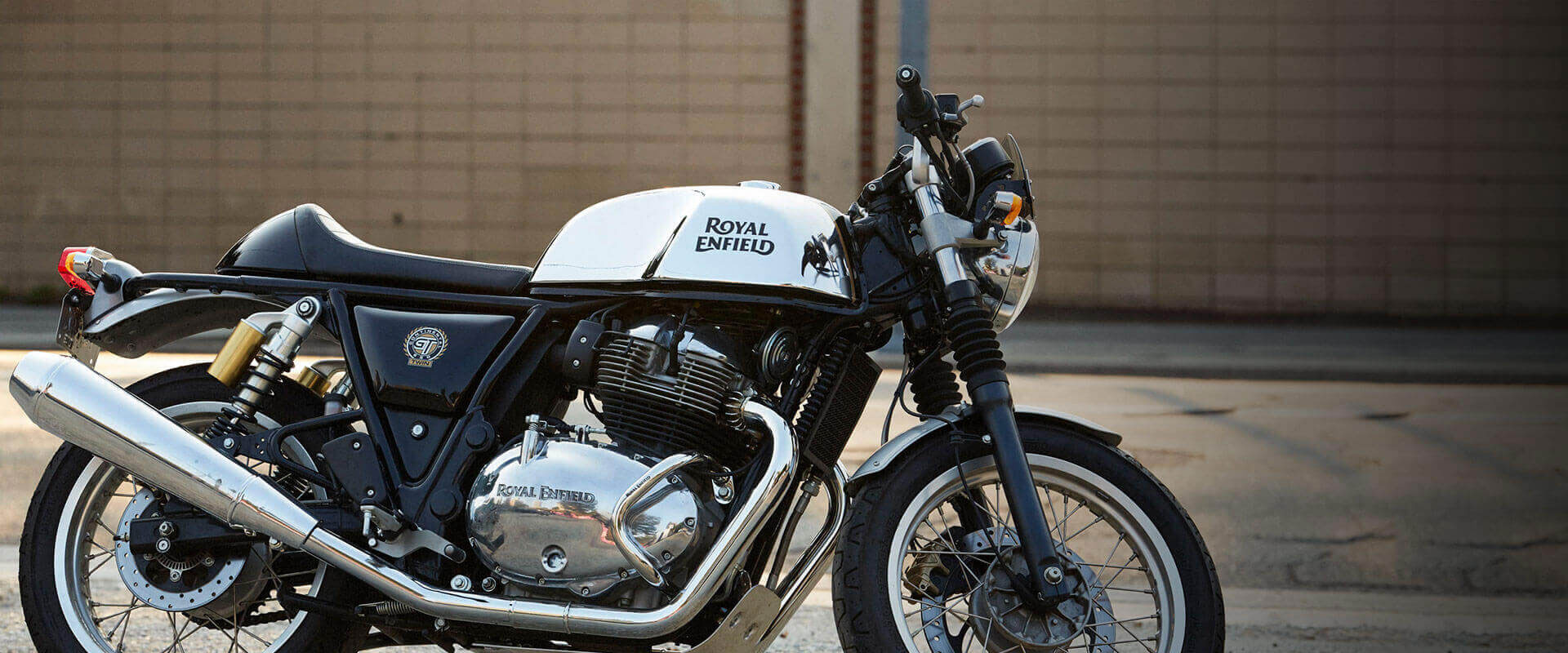 2019 royal enfield continental gt 650 guide totalmotorcycle. Black Bedroom Furniture Sets. Home Design Ideas