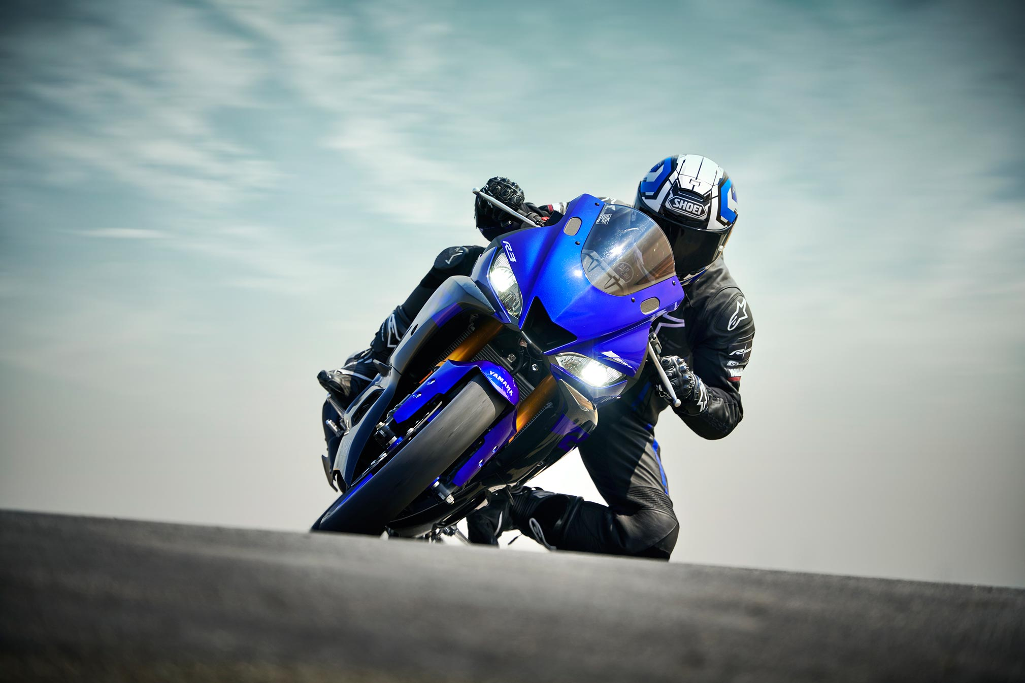 2019 yamaha yzf r3 guide total motorcycle. Black Bedroom Furniture Sets. Home Design Ideas