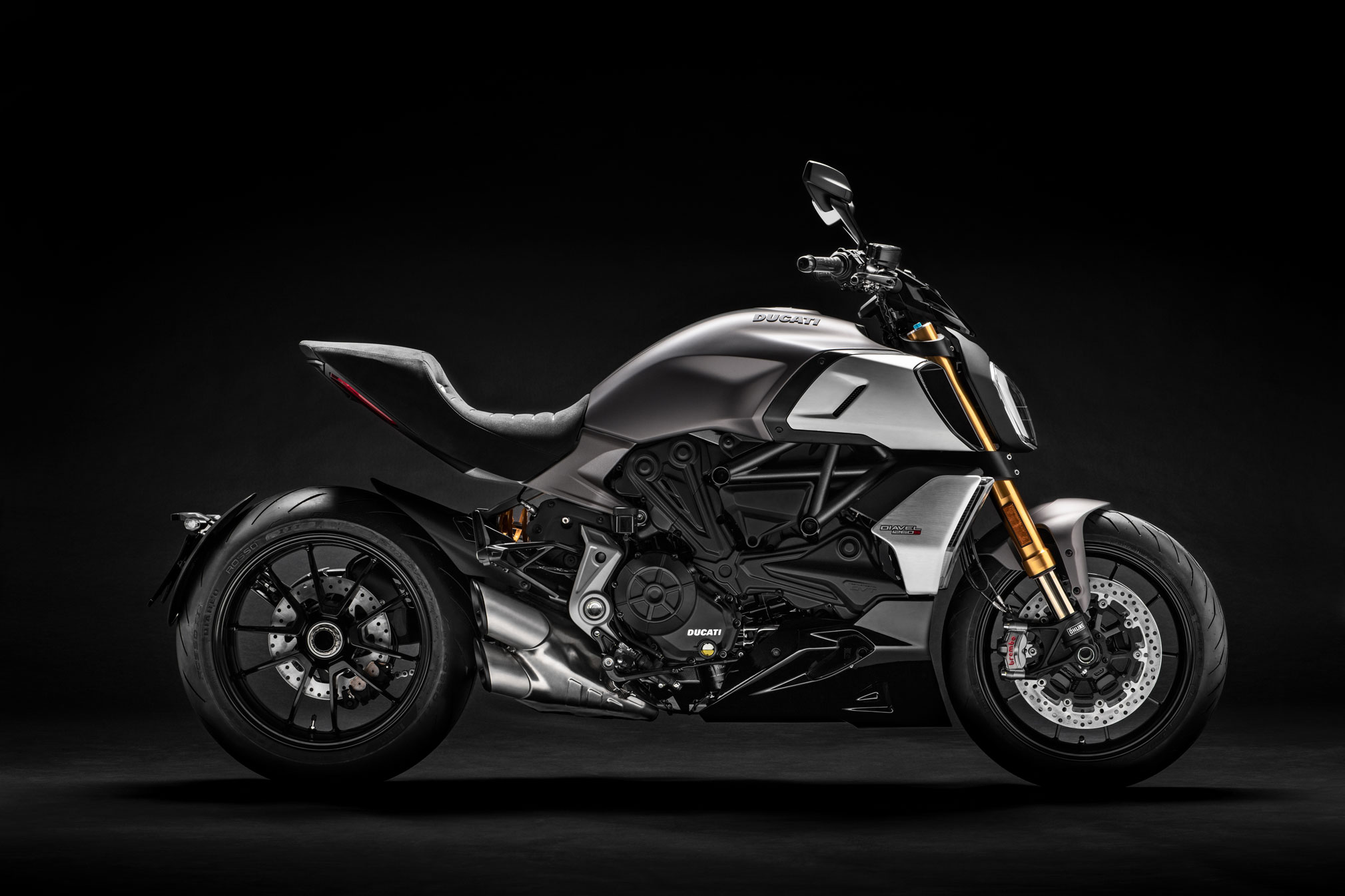 2019 ducati diavel 1260s guide total motorcycle. Black Bedroom Furniture Sets. Home Design Ideas