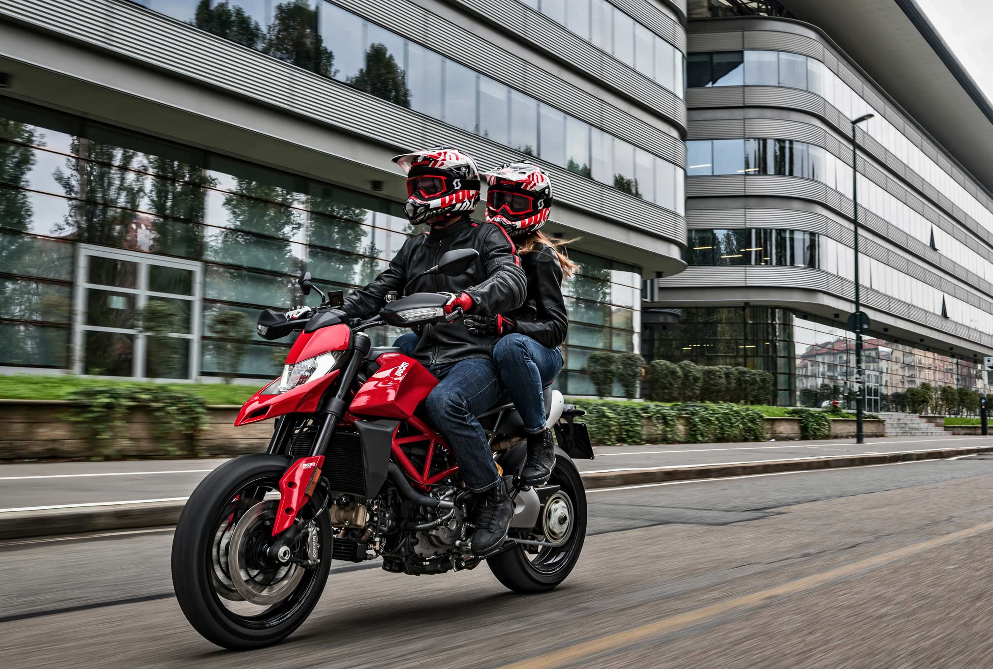 2019 Ducati Hypermotard 950 Guide Total Motorcycle
