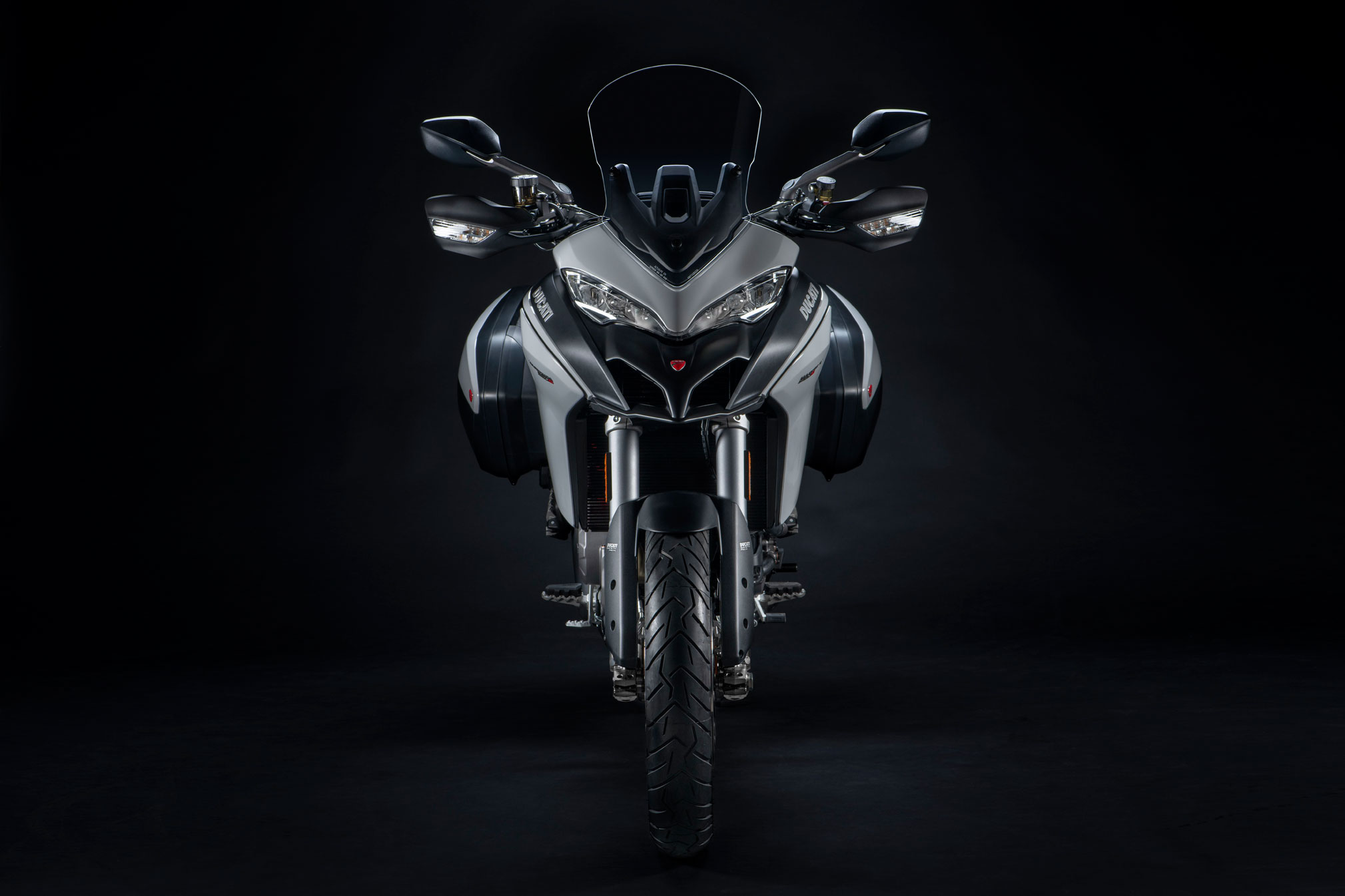 Terrific 2019 Ducati Multistrada 950S Guide Total Motorcycle Caraccident5 Cool Chair Designs And Ideas Caraccident5Info