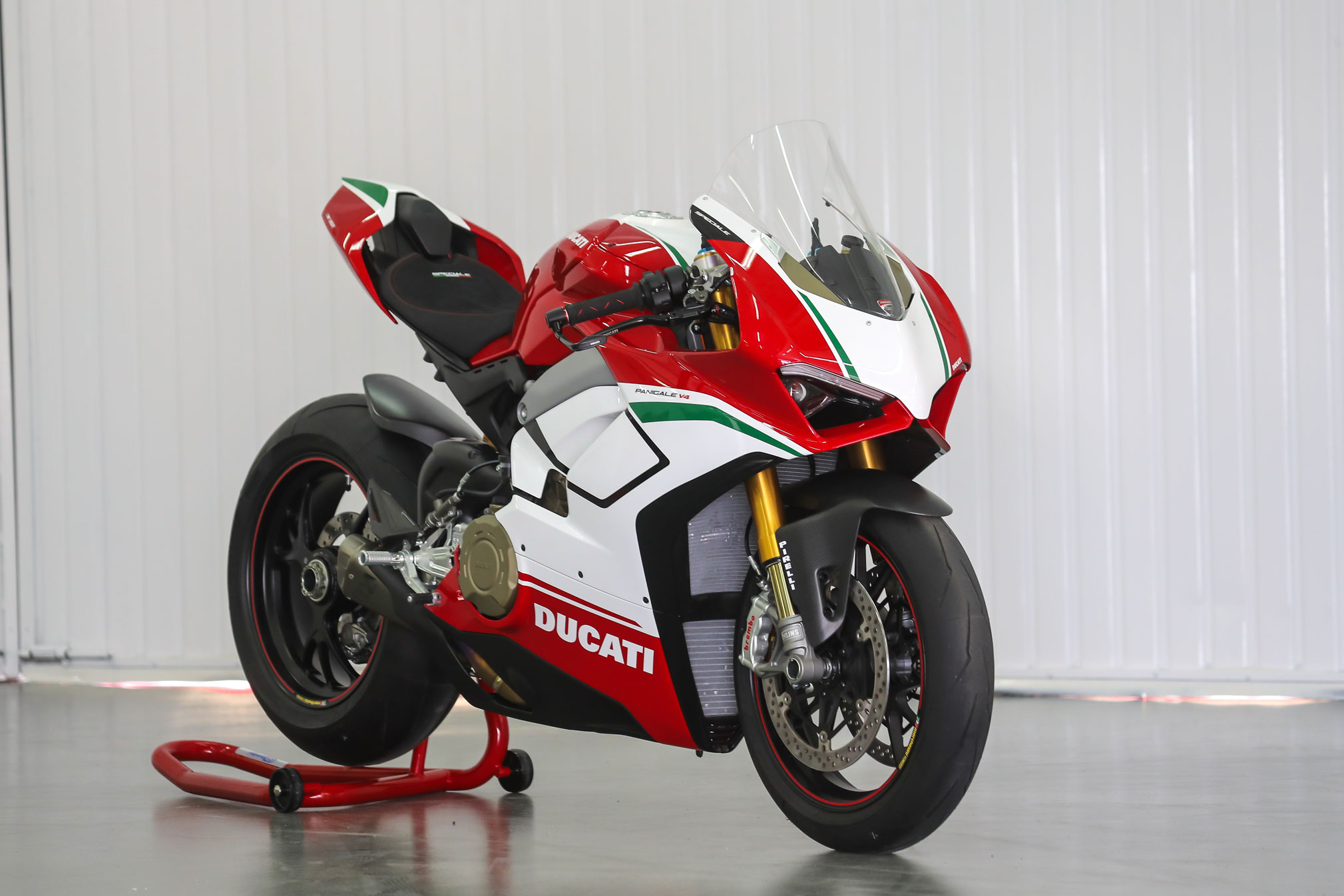 2019 Ducati Panigale V4 Speciale Guide • Total Motorcycle
