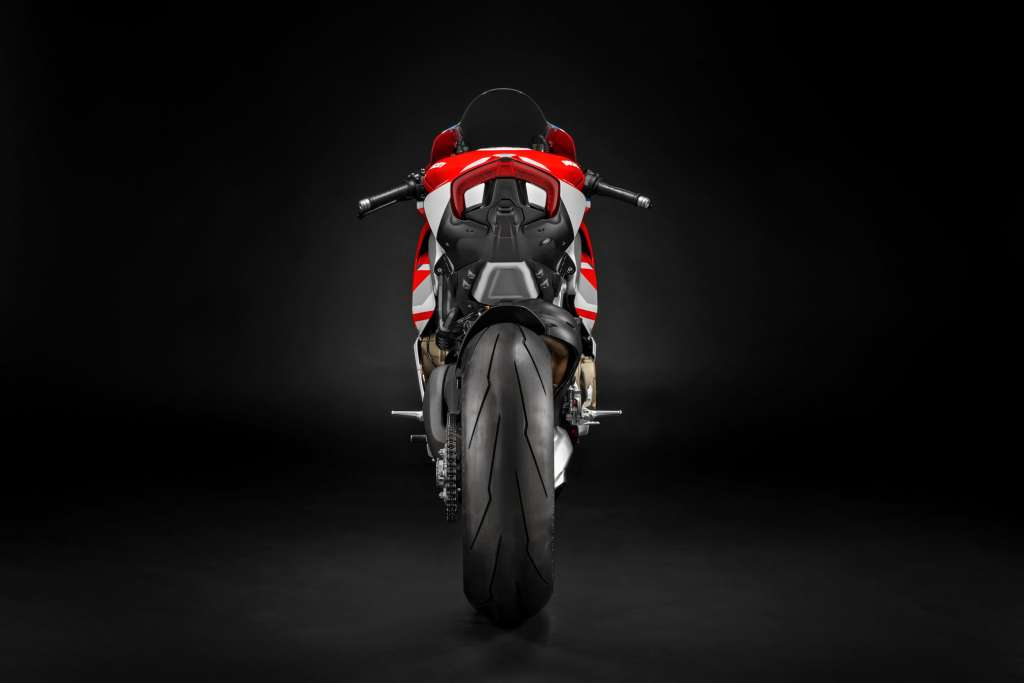 2019 Ducati Panigale V4S Course