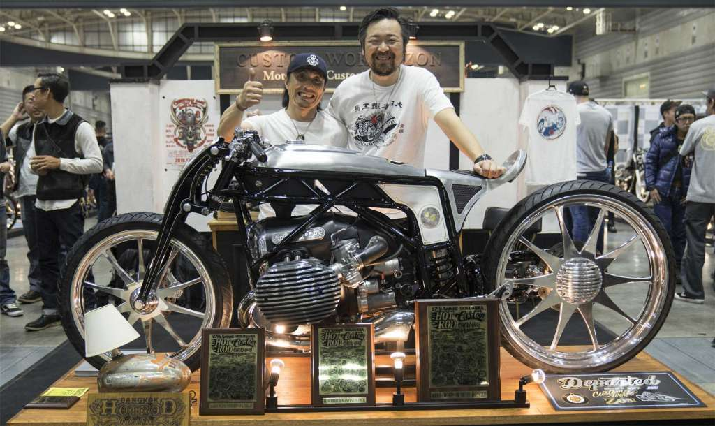 THE JAPANESE MOTORCYCLE CUSTOMIZER CUSTOM WORKS ZON PRESENTS A SPECTACULAR CUSTOM BIKE BASED AROUND THE PROTOTYPE OF A NEW BMW MOTORRAD BOXER ENGINE
