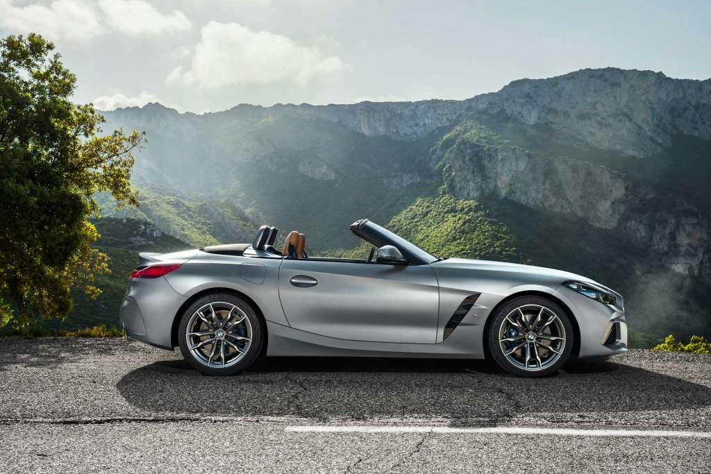 New 2019 BMW Z4 sDrive30i and 2020 BMW Z4 M40i Roadster