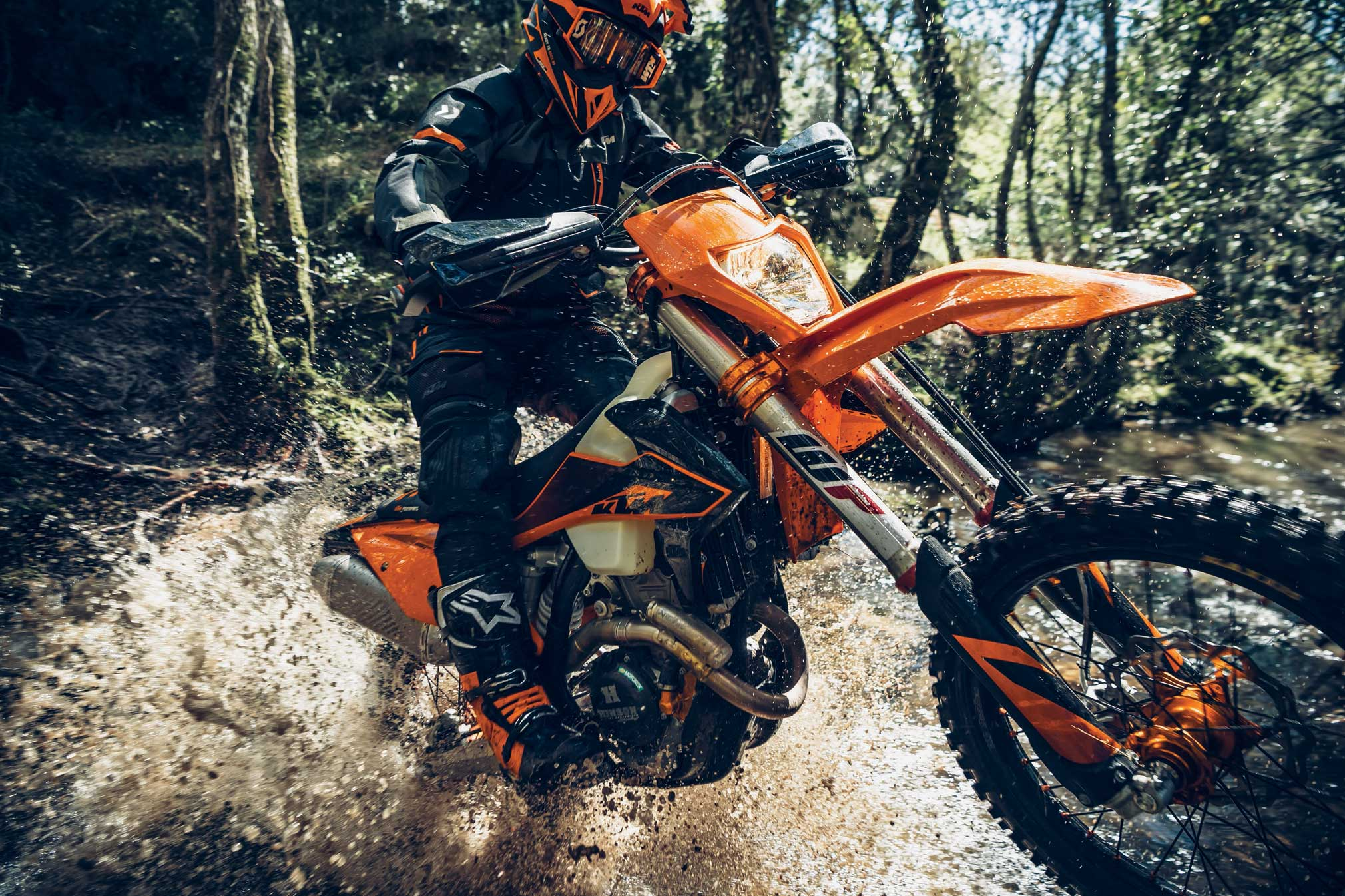 2020 KTM Motorcycle Guide • Total Motorcycle