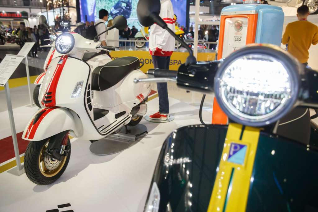 2020 Vespa Racing Sixties