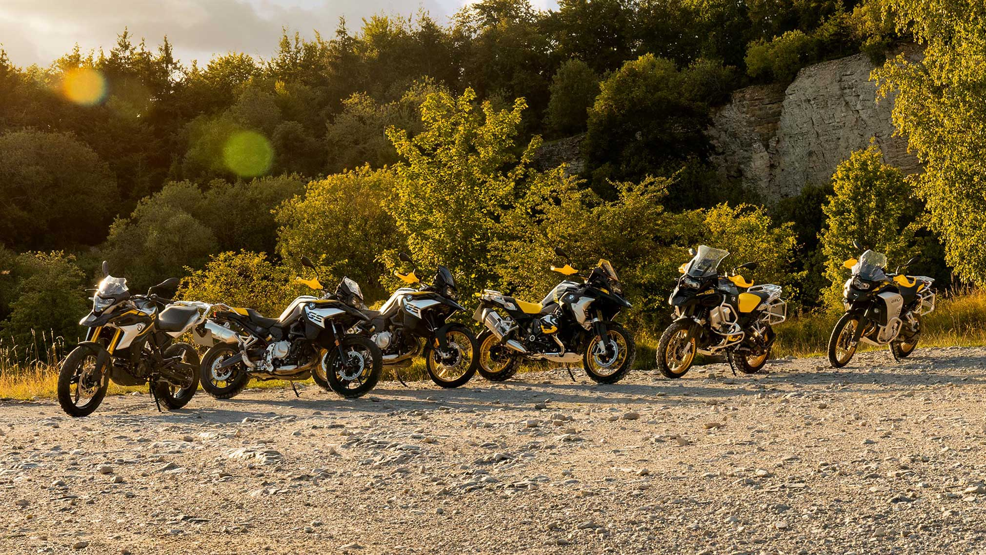 2021 BMW R1250GS Adventure Edition 40 Guide • Total Motorcycle