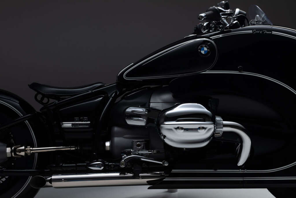 2021 BMW R18 Spirit of Passion